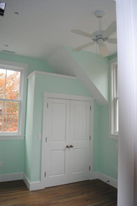 Little House 369